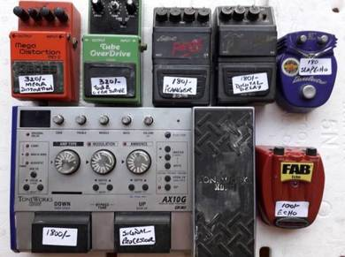 Guitars Accessories to Let Go