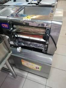 Dough sheeter & noodle machine new mt25