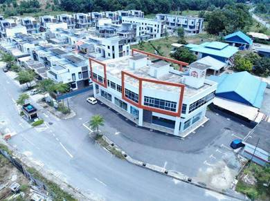 4 Lots of 2 Storey with Rooftop RoadFrontage Building