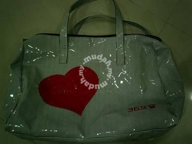 Hand carry shoulder bag 369