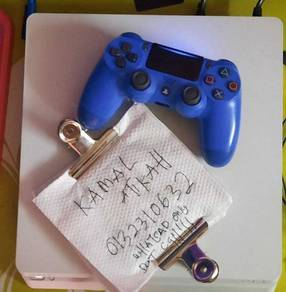 Playstation 4 slim 500,gb with game