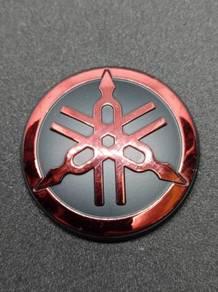 Emblem Yamaha Design Y15ZR - Merah Chrome