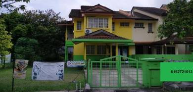 A double storey corner house at Lestari Perdana near Equine Park
