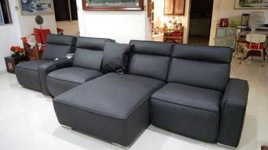 Caccina 4 seater with 2 recliner sofa