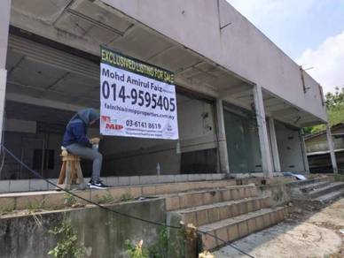 Land for sale (Free 2 Retail Space & 4 Link house) Near MRT Sg Buloh