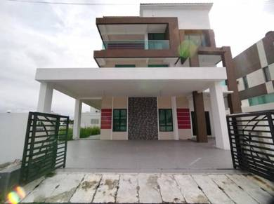 Freehold Luxury 3 Storey New Bungalow at Panorama Lapangan Kinara
