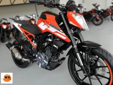 2020 NEW KTM DUKE 250 MY17 ABS (promotion) ! !