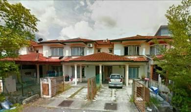 TERMURAH DI PASARAN! DOUBLE STOREY HOUSE in SEKSYEN 8, BDR BARU BANGI