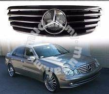 Mercedes Benz W211 02-06Y CL Sport Front Grille