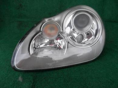 Porches cayenne 955 head lamp
