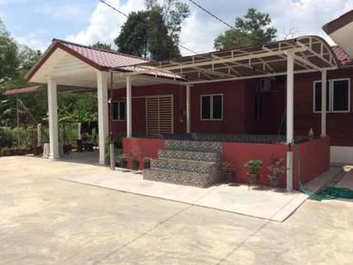 Homestay Dekat Airport Kuantan - Mini Kolam Renang