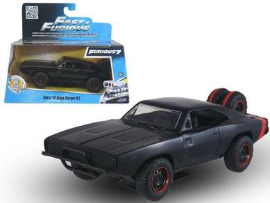 FF7 - Dom's 70s Dodge Charger RT off road