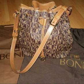 Bonia Bucket Original