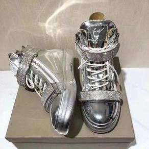 Silver shoe high cut RBH0004