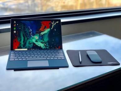 Microsoft Surface Pro 12.3 i7-7660U
