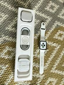 Apple Watch Series 5 GPS/Cellular 44MM