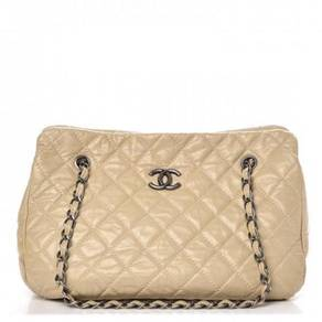 CHANEL Glazed Calfskin Quilted Tote Light Beige