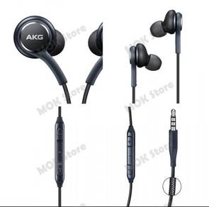 Ear phone tuned by akg