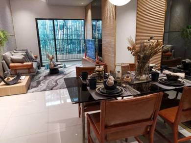 M Arisa 4 bedroom Corner P. Furnished with balcony | Early Bird Promo