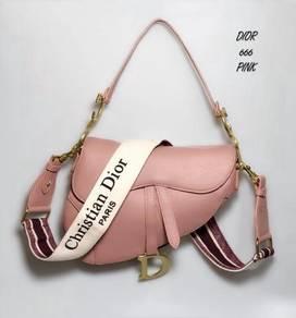 C dr saddle bag