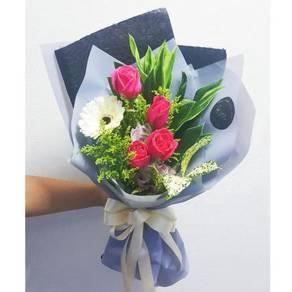 Flowers Hand Bouquet   bunga