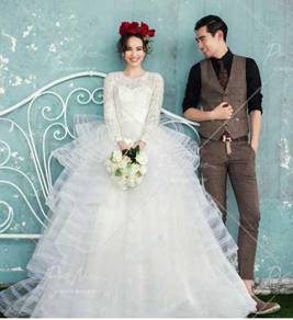 White wedding prom dress gown photoshoot RB0492