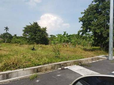 Land at Teluk Kumbar , Main Road nearby Lexis Hotel Genuine Buyer