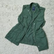 GAP army green top/vest