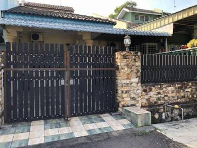 Taman Intan Single Storey Terrace House Fully Renovated in Kluang