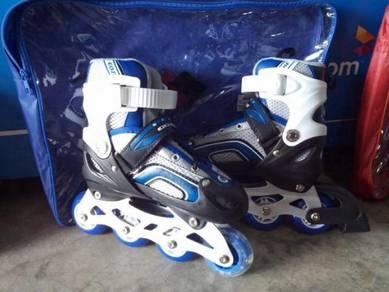 Blue gosomo roller blade