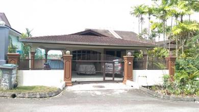Single storey semi detached house in Taman Rinting,Masai,Johor