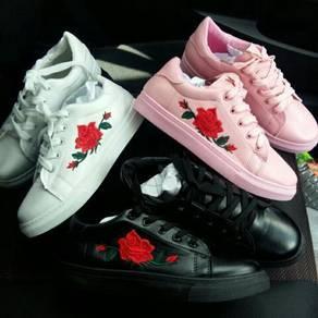 Embroidery Korean Fashion Shoes