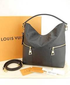 M-19796 (NEW) Louis Vuitton Melie M-Emp Noir