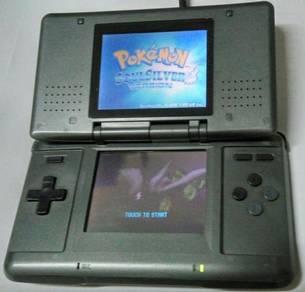 Nintendo NDS Dark Grey + Pokemon Soul Silver