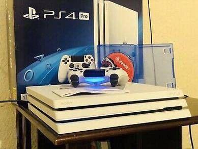 1TB PlayStation 4 Pro set