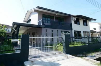 Well maintained Semi Detached House Third mile Batu 3 Hua Joo Park