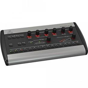 Behringer Powerplay P16-M Digital Personal Mixer