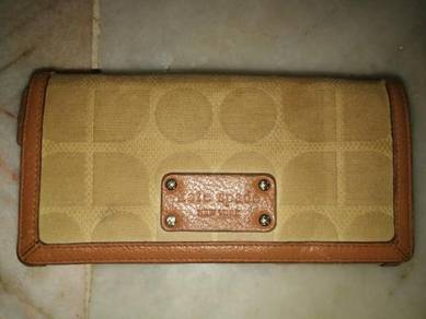 Authentic Kate Spade New York Wallet/Preloved