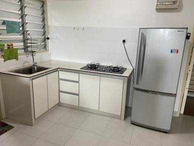 Centrio Avenue Gelugor Partial Furnished Renovated Well Maintain DEAL