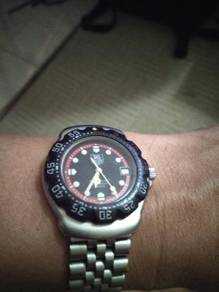 Tag Heuer F1 team Red watch