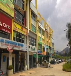 Ukay Boulevard - End Lot Unit 4 storey terrace shop/office for SALE