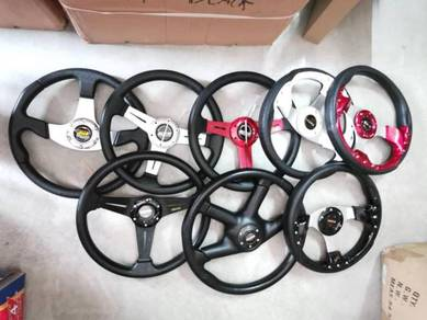 Momo ralliart putra 4p steering wheel