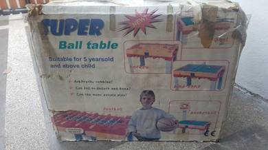 Super ball table toy