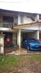 Sebuah rumah teres 2 tingkat untuk dijual di marang