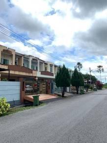 Double Storey Intermediate House Stapok Jalan Batu Kawa