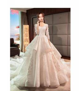 White fishtail long sleeve wedding dress RB0825