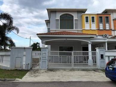 Double storey house LAGENDA PUTRA FREEHOLD