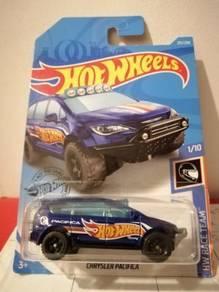 New Chrysler Pacifica 6 HW Race Team Hot Wheels Ho