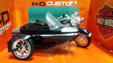 2001 FLHRC ROAD Harley Davidson