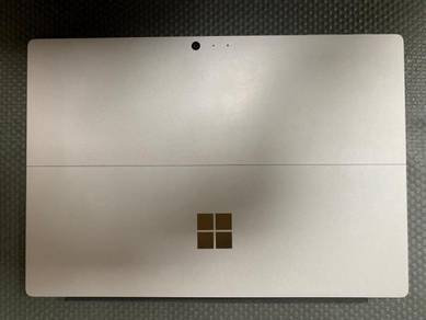 Microsoft Surface Pro 4 12.3 Core i7-6650U 2.2GHz